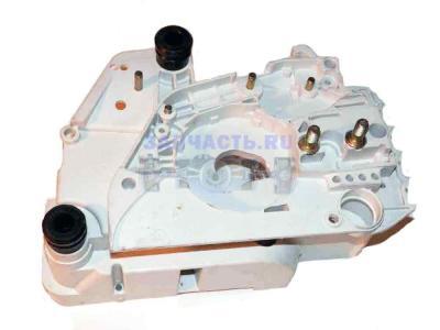 Картер двигателя (1,2) Stihl180